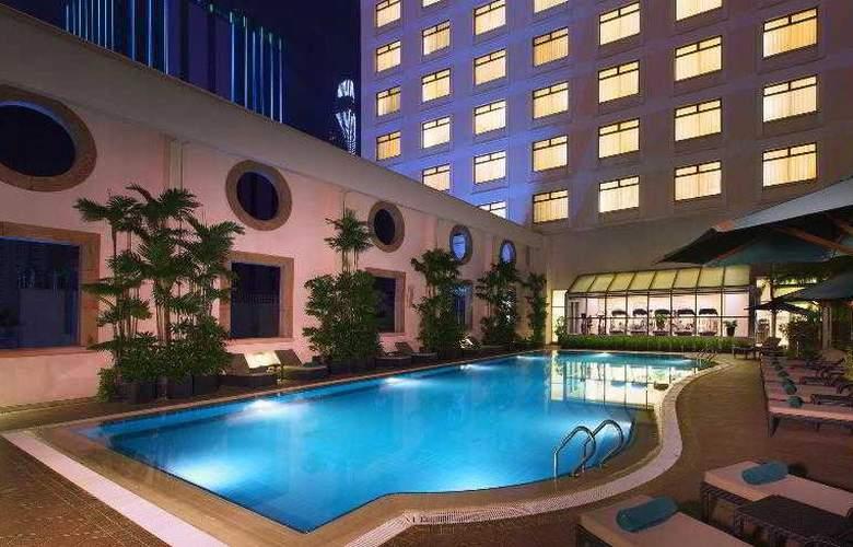 Sheraton Saigon - Pool - 22
