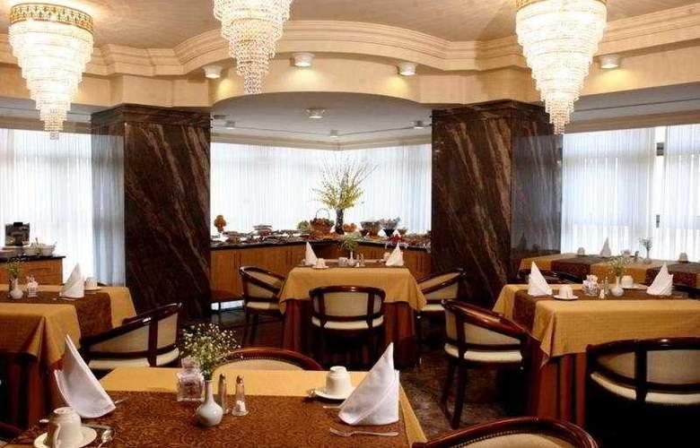Sabe Center - Restaurant - 7