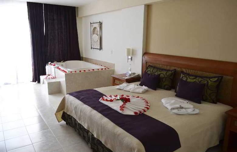 Golden Parnassus Resort & Spa All Inclusive - Room - 11
