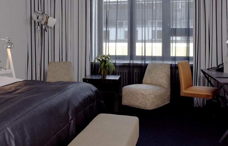 Fabian - Room - 4