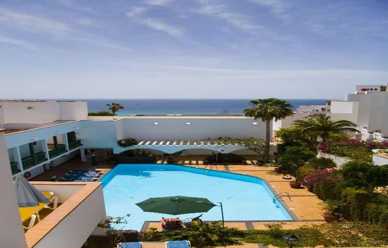 Esquinzo Y Monte Del Mar - Pool - 1