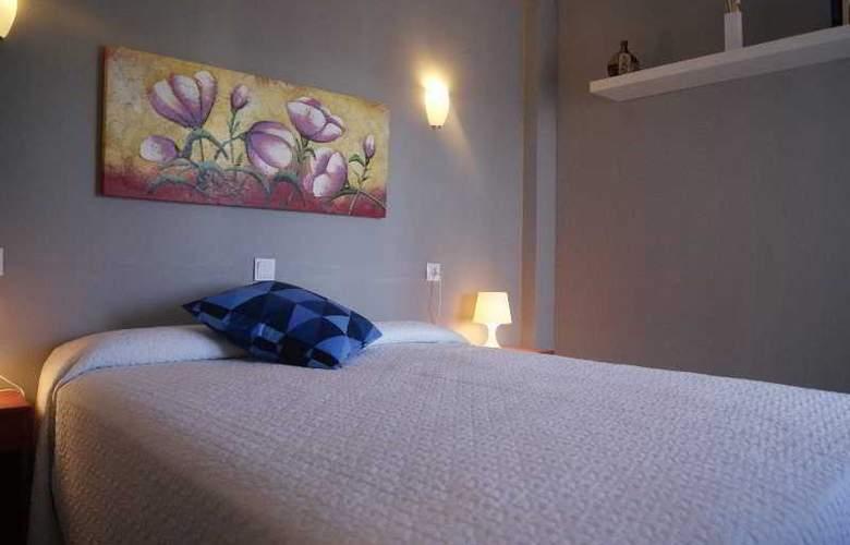 Sureda - Room - 12
