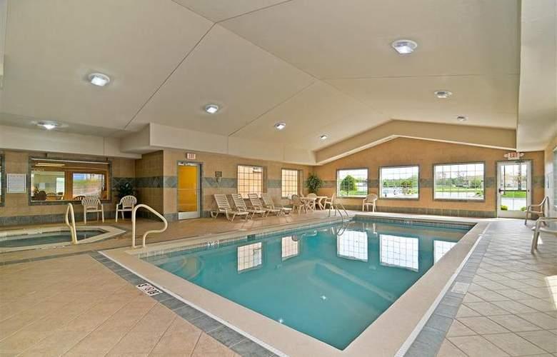 Best Western Executive Inn & Suites - Pool - 129