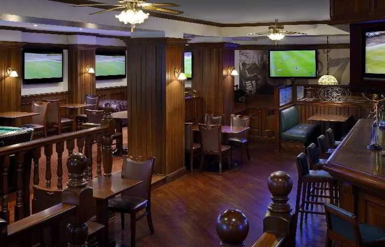Movenpick Bur Dubai - Bar - 35