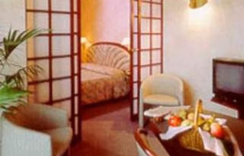 Quality Hotel Atlantic Turin Airport - Room - 1