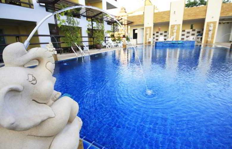 Golden Sea Pattaya Hotel - Pool - 12