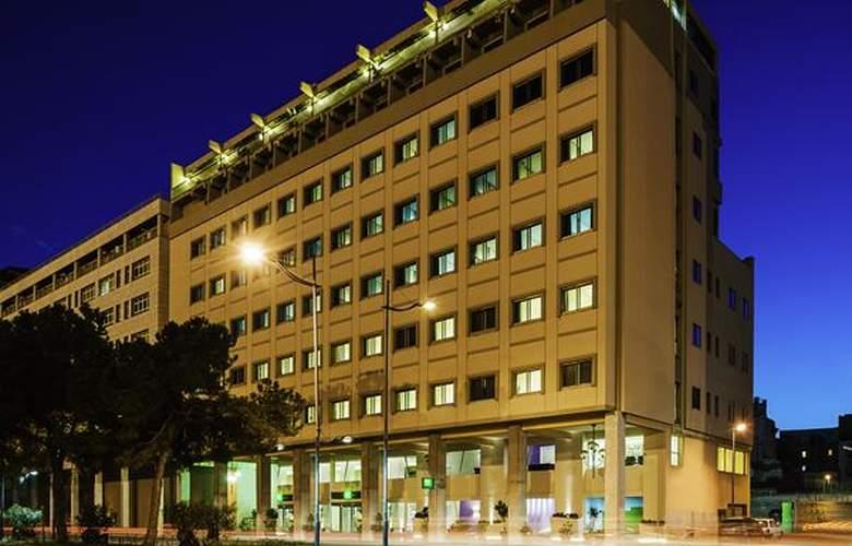 Ibis Styles Palermo - Hotel - 0