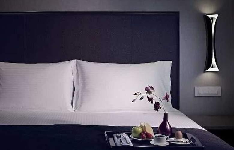 Carlton City Hotel Singapore - Room - 7