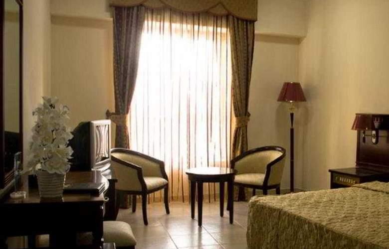Ayana Golden Coast - Room - 3