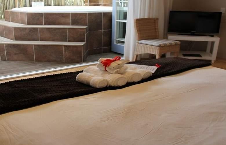 La Boheme Bed and Breakfast - Room - 8