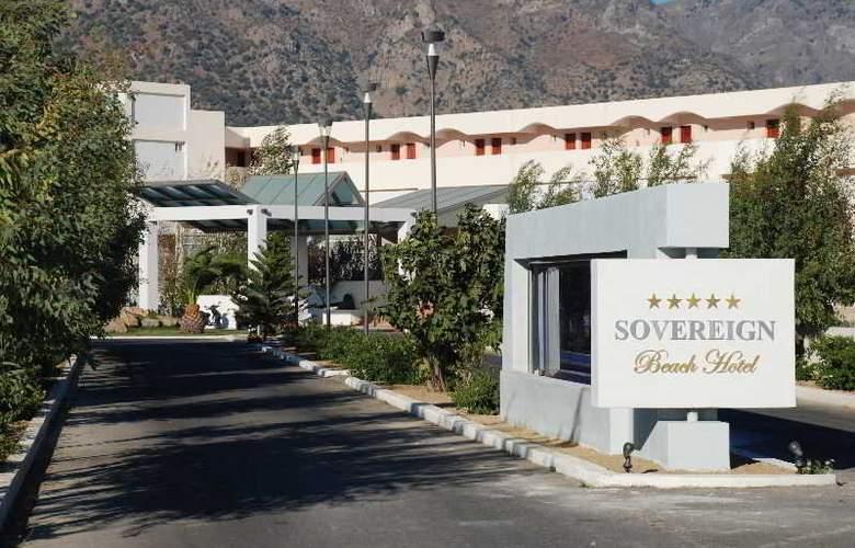 Sovereign Beach - Hotel - 0
