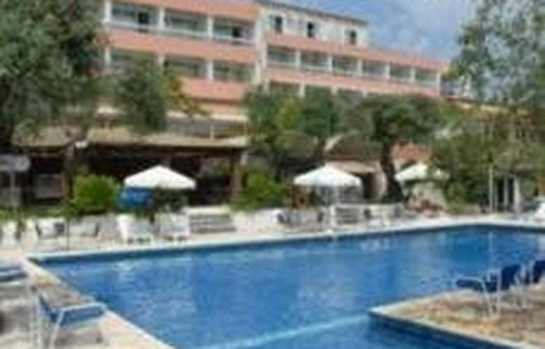 Alexandros Hotel - Pool - 5