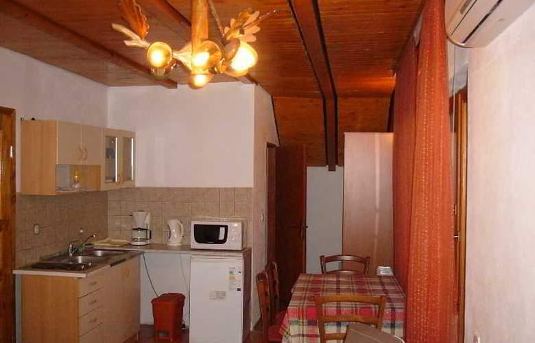 Apartments Kristic - Room - 1