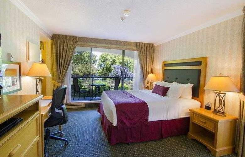 Best Western Plus Inner Harbour - Hotel - 42