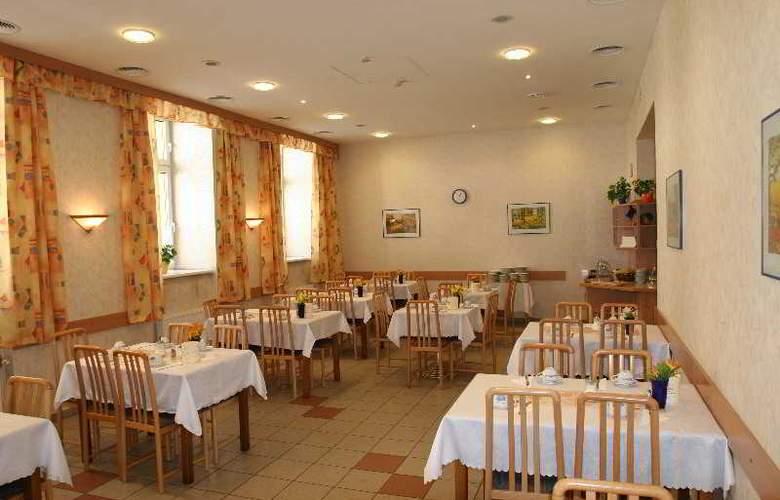 Admiral - Restaurant - 13