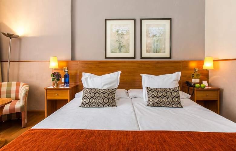 Leonardo Hotel Granada - Room - 10