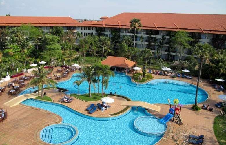 Palace Residence & Villa - Hotel - 4