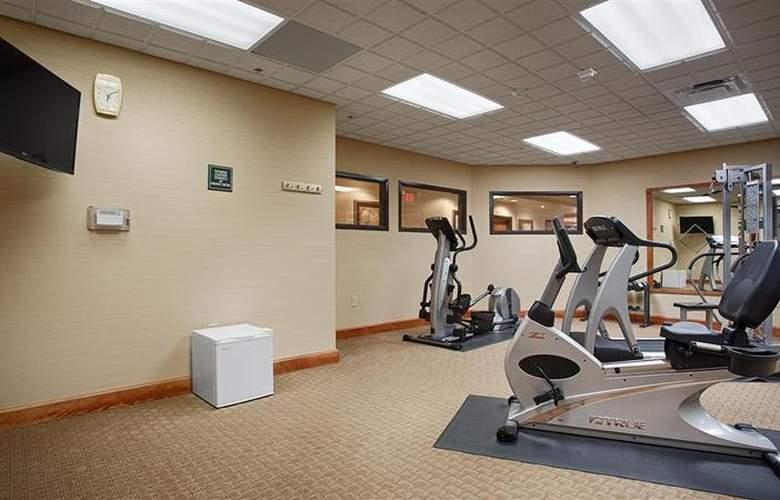 Best Western Plus Coon Rapids North Metro Hotel - Sport - 75