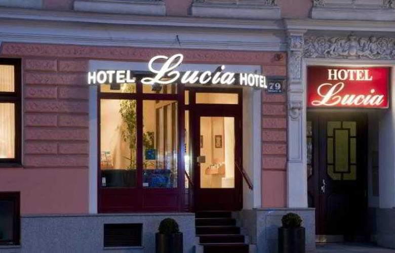 Lucia - Hotel - 4