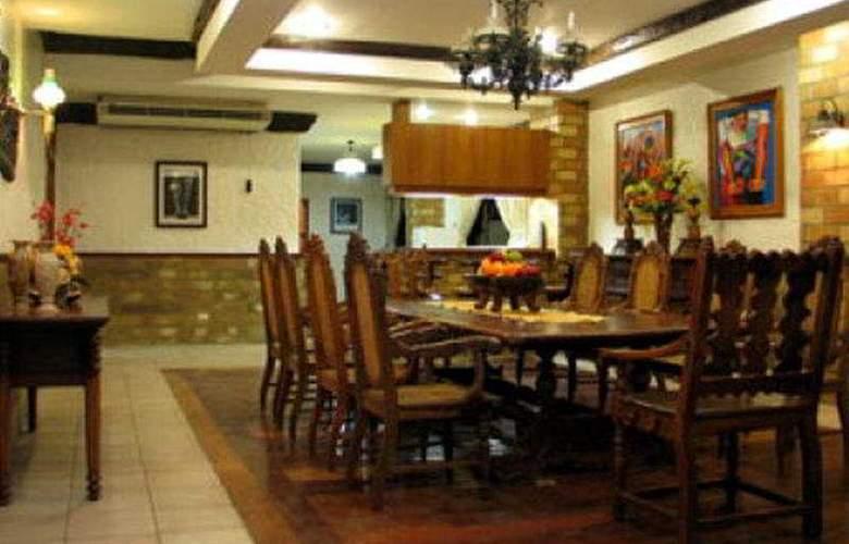 Crown Regency Residences Cebu City - General - 2