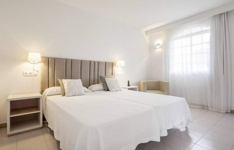 Ilunion Menorca - Room - 10
