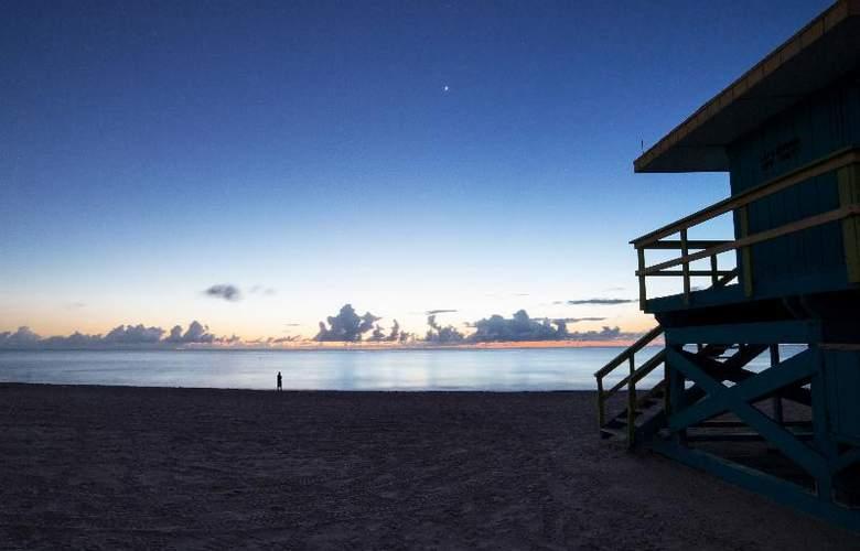 Ocean Reef Suites - Beach - 12