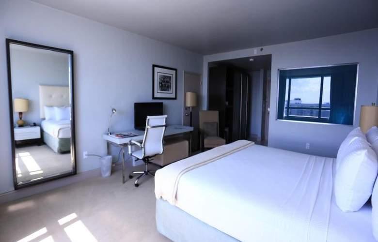 Deauville Beach Resort - Room - 11