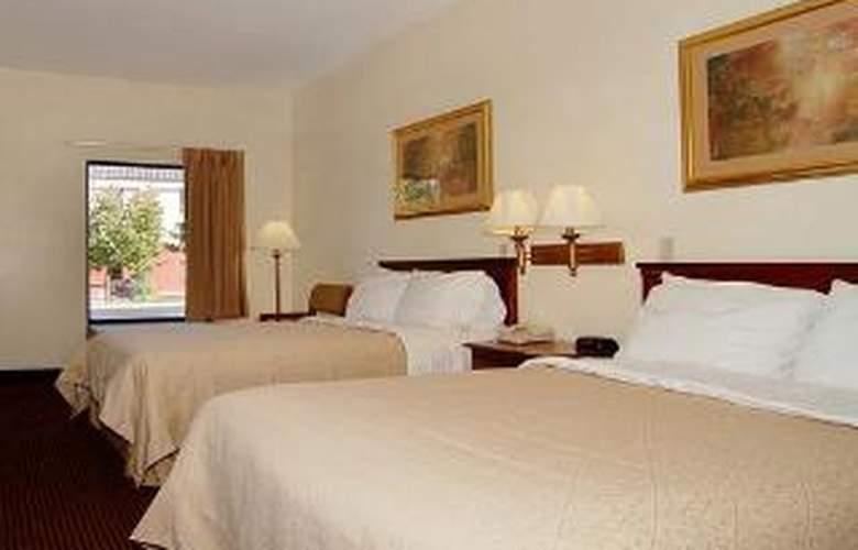 Quality Inn Goodlettsville - Room - 4