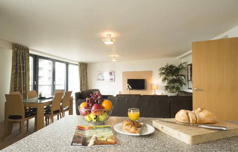 Fountain Court EQ2 Apartments - Room - 10