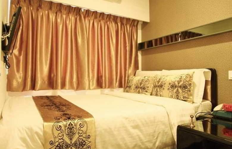California Hotel - Room - 24
