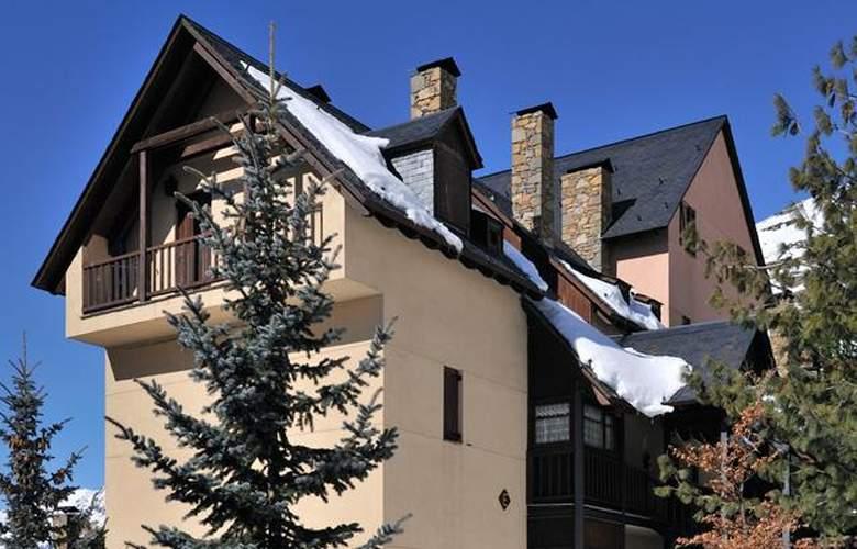 Apartamentos Blanheu - Hotel - 0
