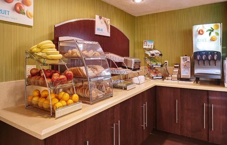 Holiday Inn Express San Diego South Bay - Restaurant - 13