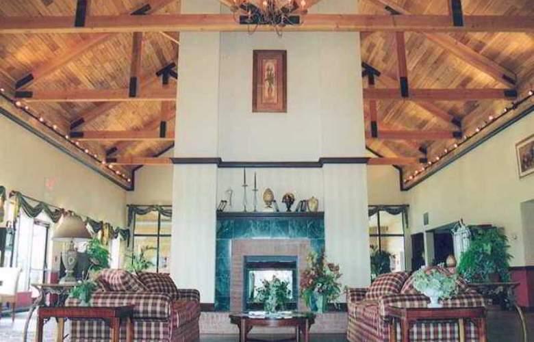 Hampton Inn & Suites Toledo-North - Hotel - 13