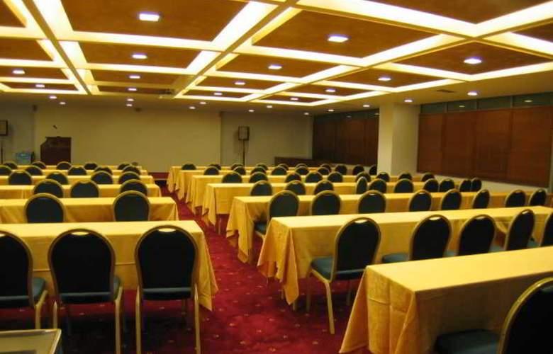 Mediterranee - Conference - 11