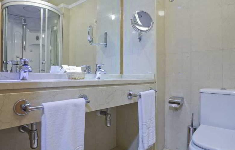 II Castillas Madrid - Room - 19