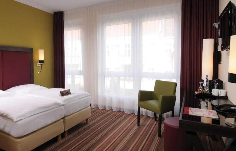 Leonardo Berlin - Room - 13
