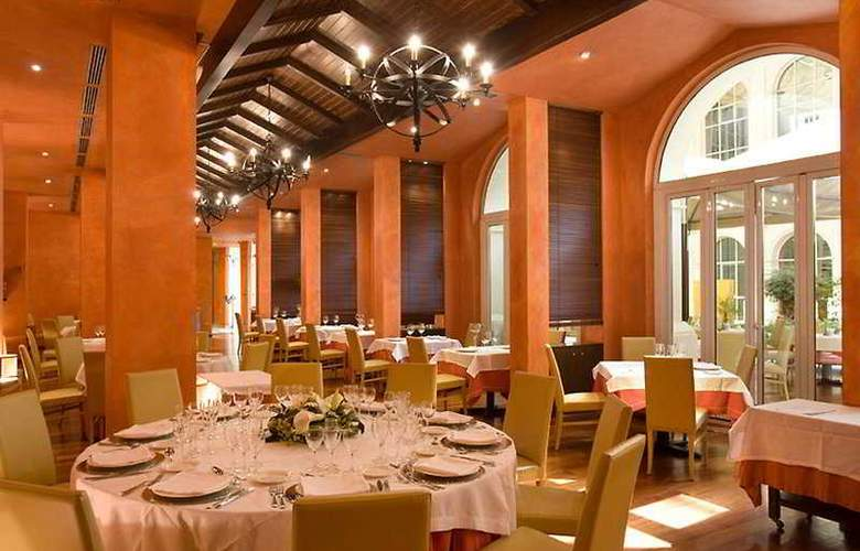 Silken Al-Andalus - Restaurant - 9