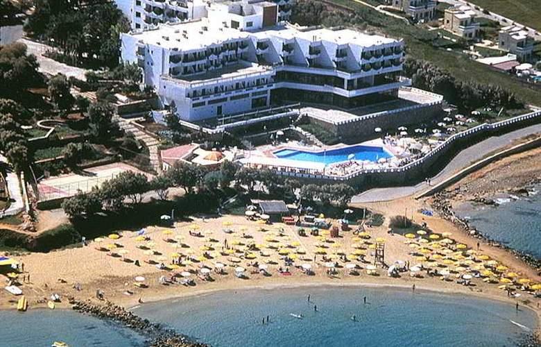 Themis Beach - Hotel - 0