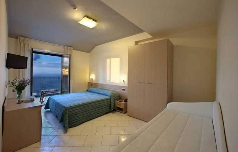 Cosmomare - Room - 2