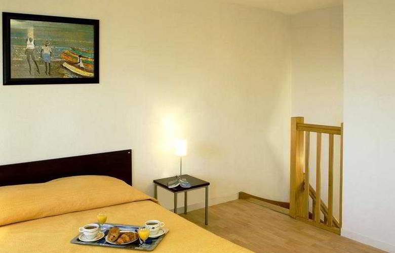 Clermont Ferrand Gerzat - Room - 5