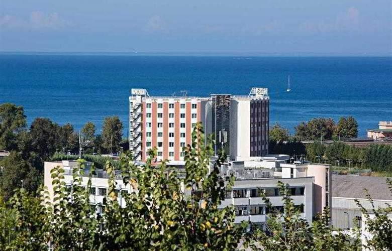 Novotel Salerno Est Arechi - Hotel - 6
