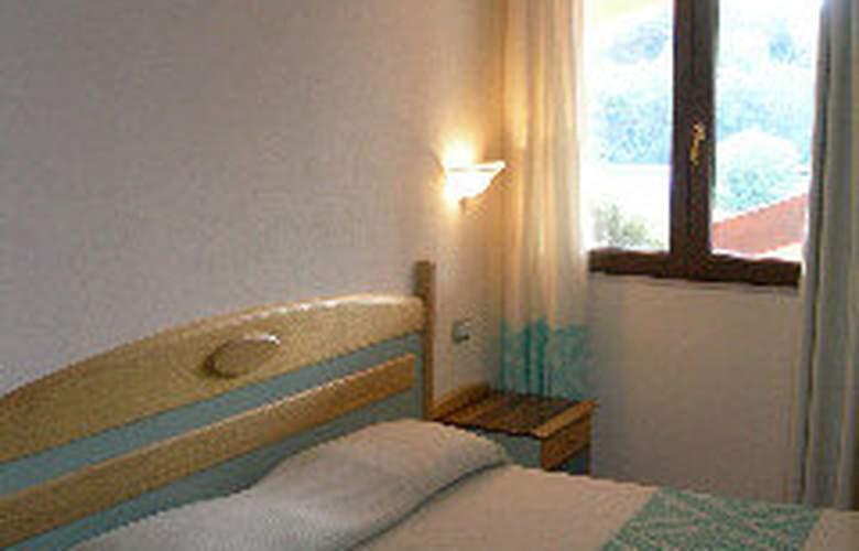 Rocca Dorada - Room - 0