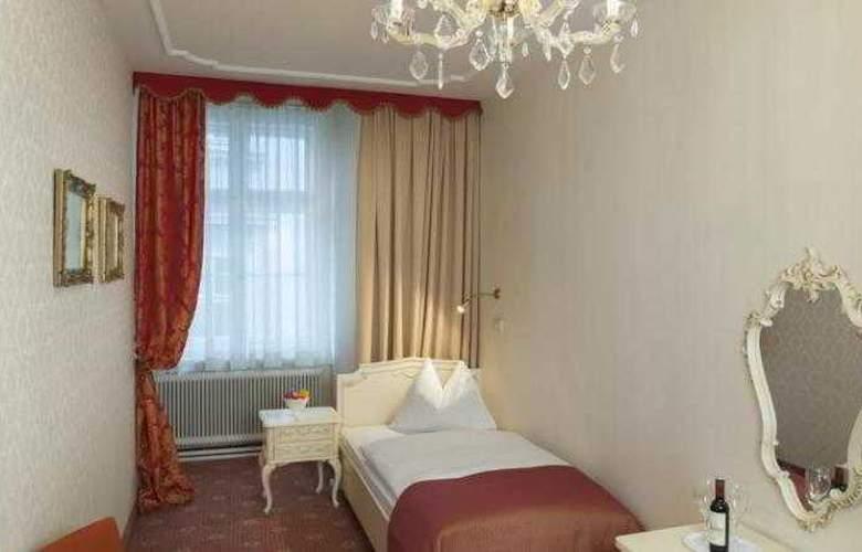 Pertschy Palais Hotel - Room - 1