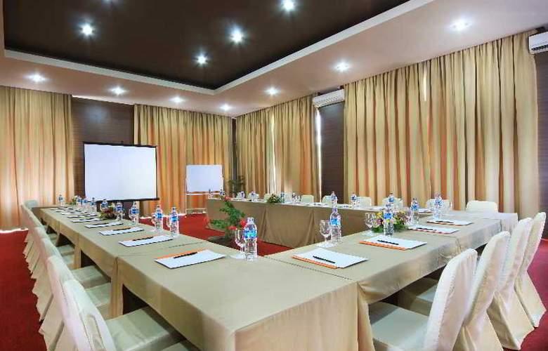 Abi Bali Resort Villa & Spa - Conference - 11