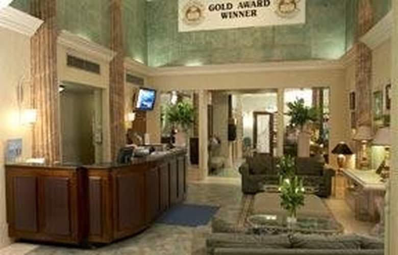 Comfort Inn Manhattan - General - 2