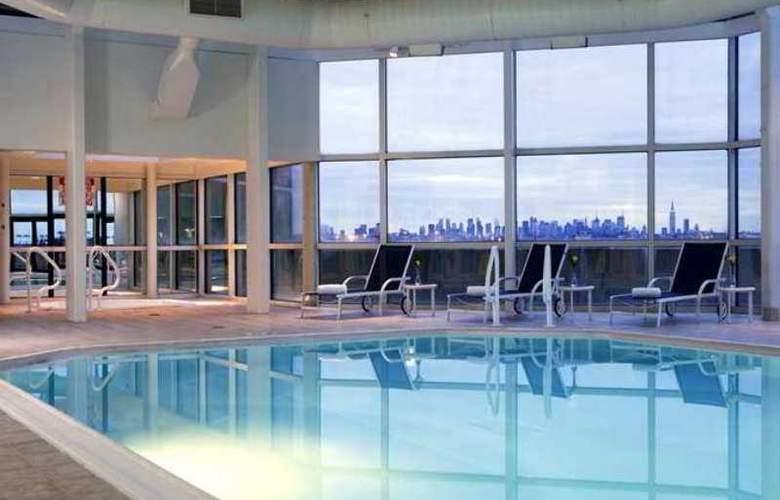 Hilton Meadowlands - Hotel - 3