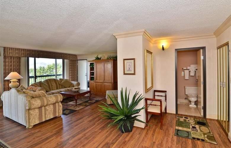 Best Western Plus Agate Beach Inn - Room - 74