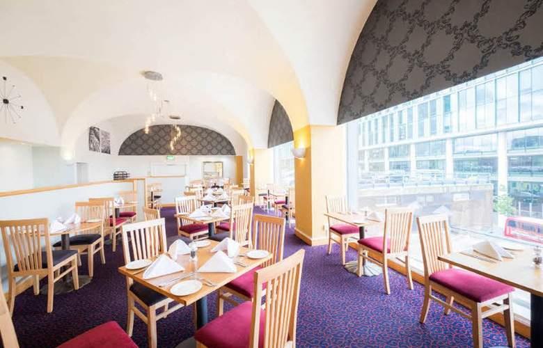 The Royal Angus - Restaurant - 4