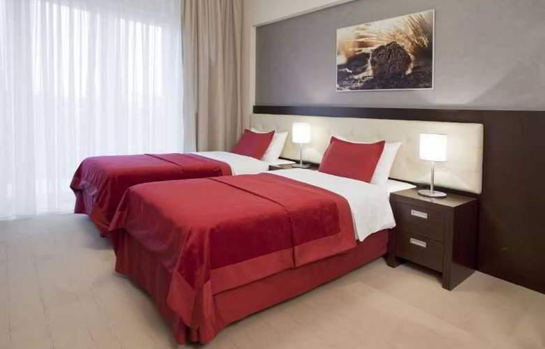 Hotel Platinum - Room - 3