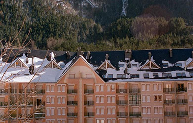 Canfranc 3000 - Hotel - 0